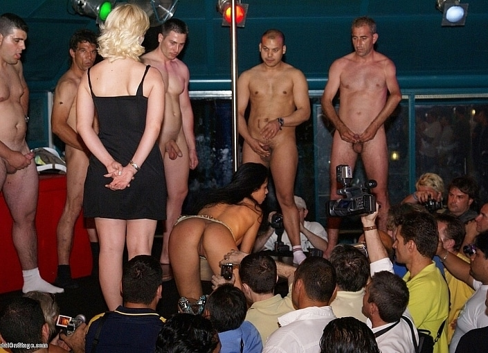 Sex shows on the strip